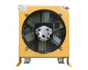 Hydraulic motor driven oil cooler